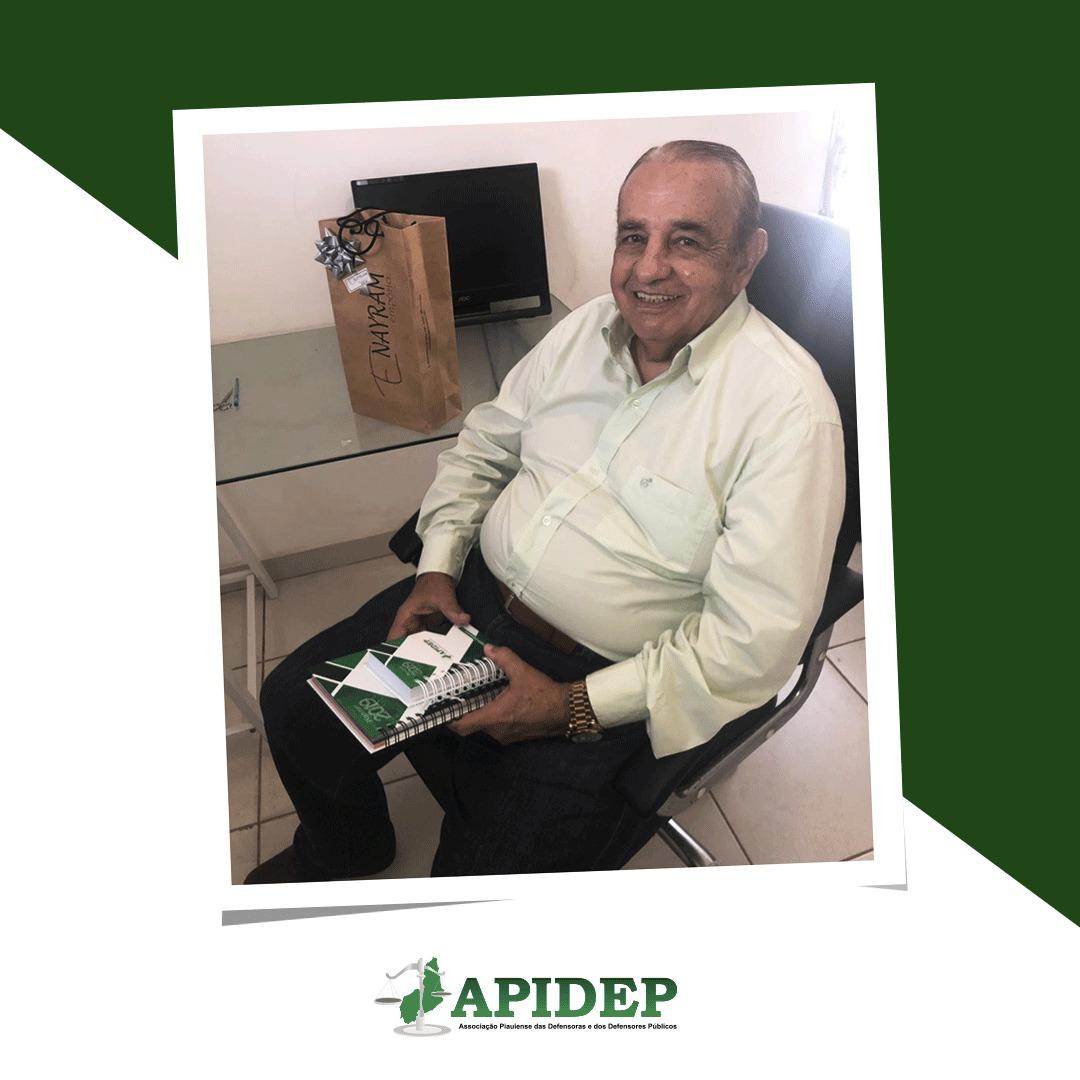 Ex-Defensor Público Geral do Estado do Piauí visita a sede da APIDEP